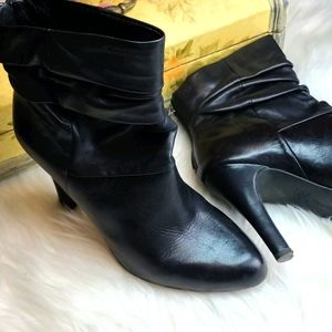 INC TANGY BLACK LEATHER BOOTS